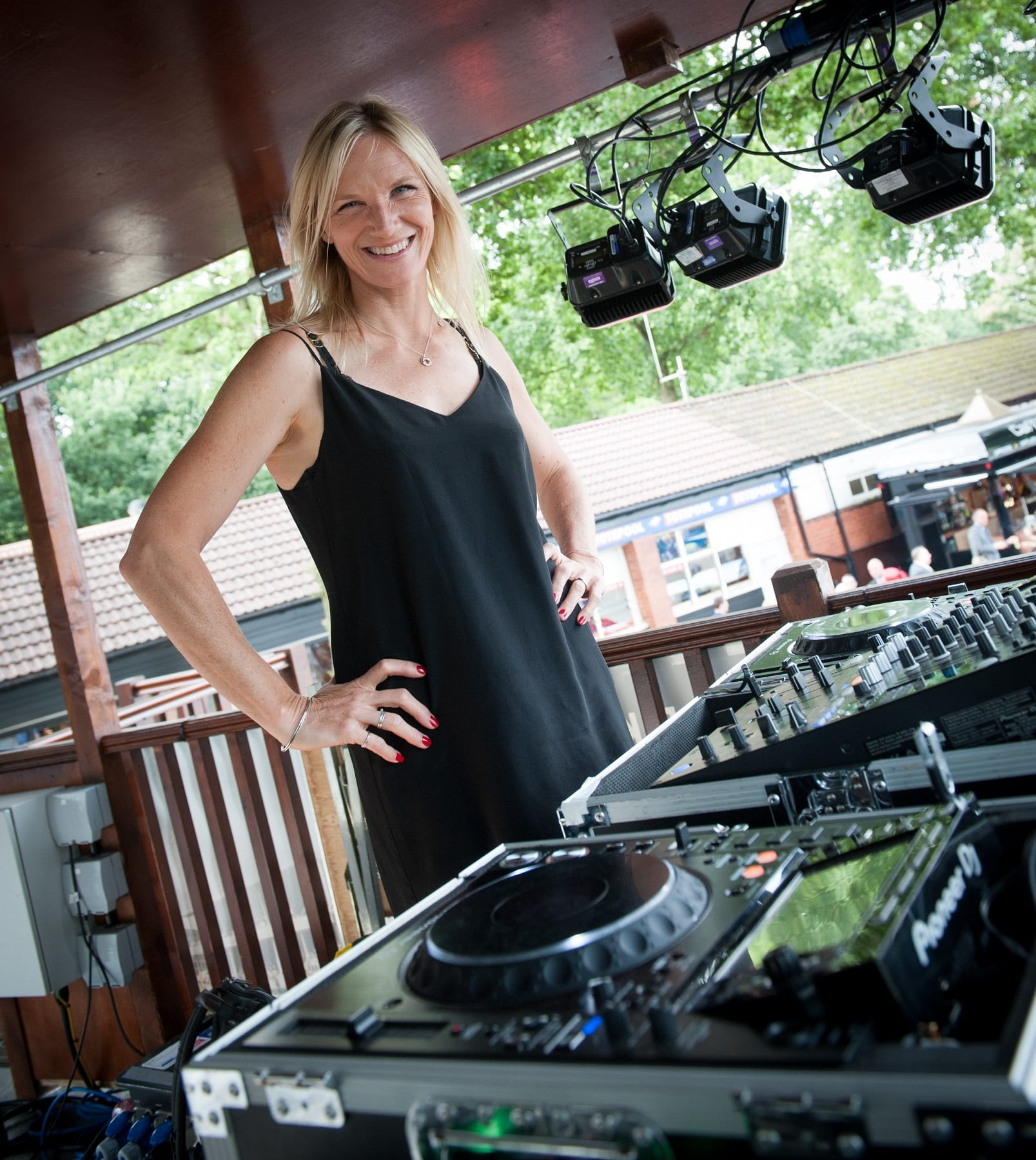 Jo Whiley Ready To Lead The 'Party In The Paddock' on #AmazingMonday