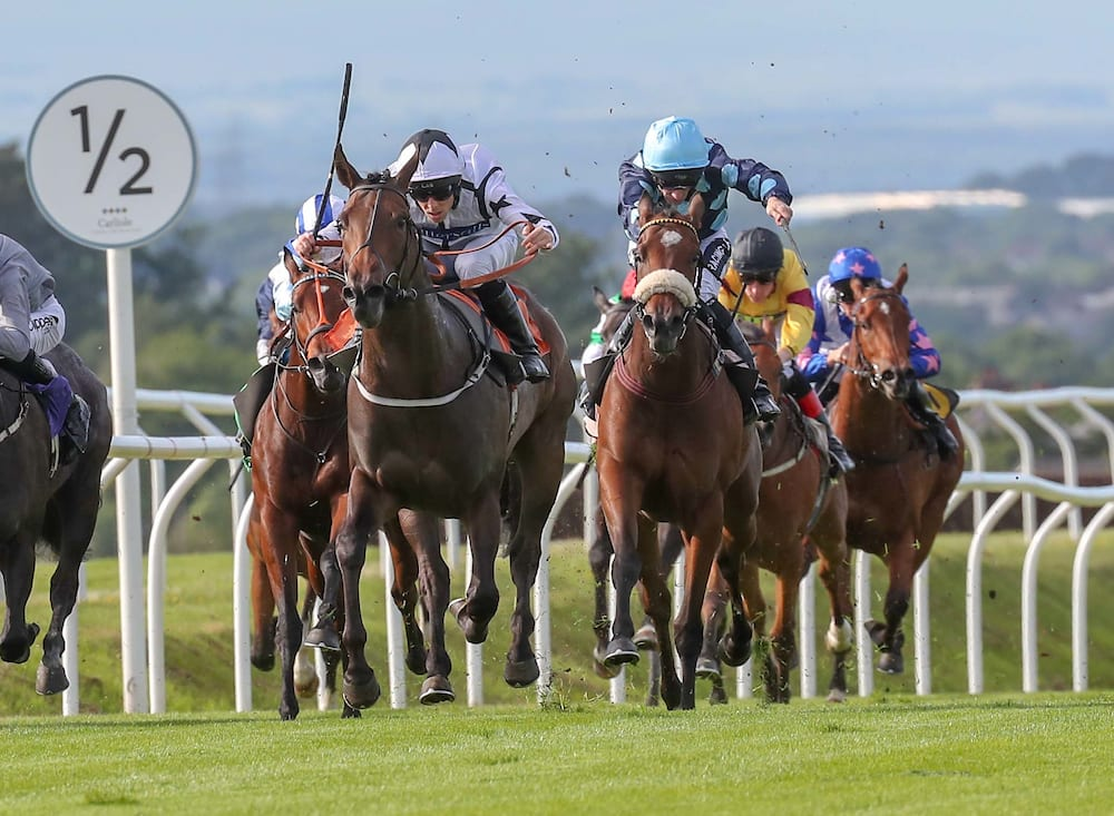 Ben Curtis Returns To Winning Ways With Classy Carlisle Double