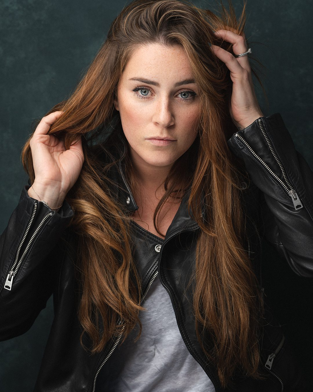 WEST END STAR LUCIE JONES GETS FESTIVE WITH EXCLUSIVE HEADLINE SHOWS